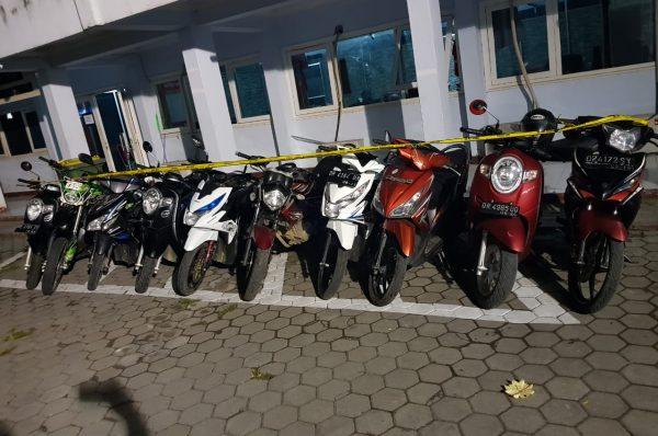 Ditemukan 10 Motor Hasil Curian, R Warga Bilelando Diciduk