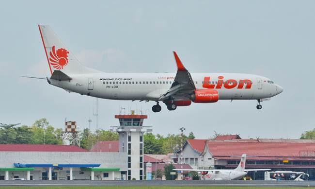 F Lion Air