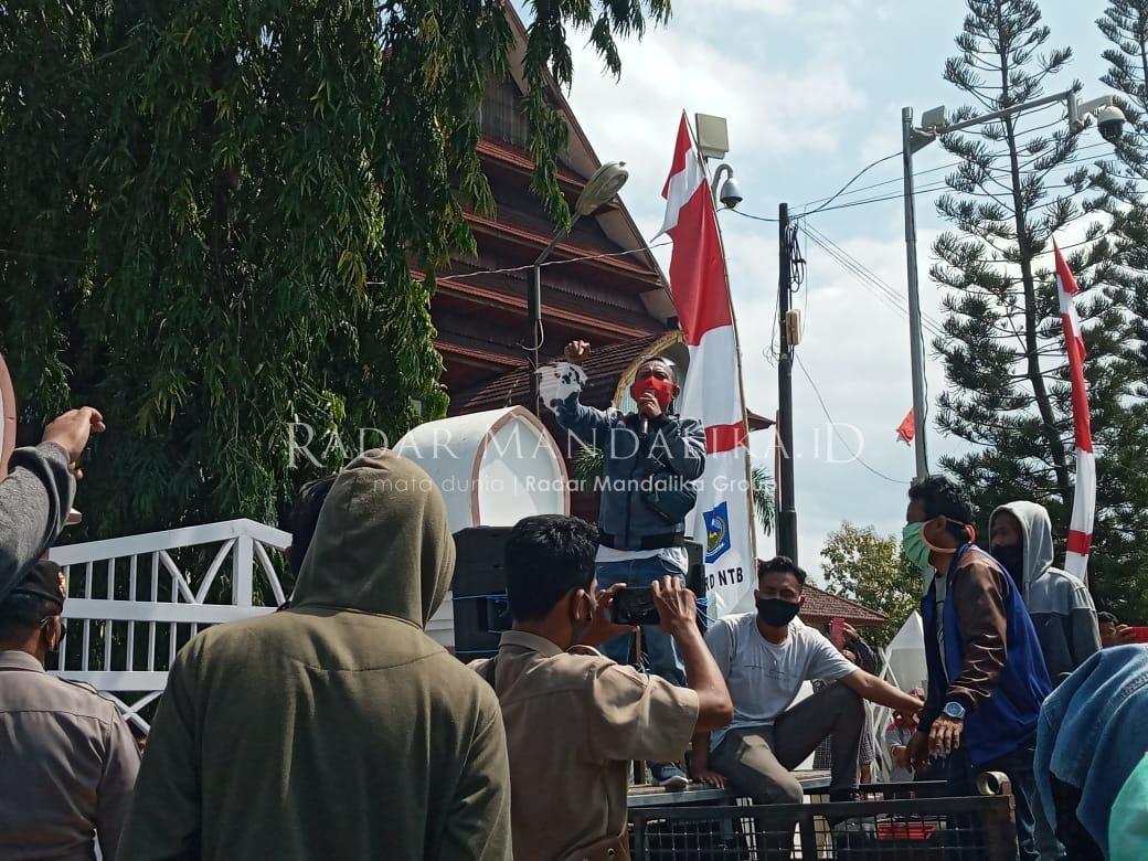 Polda Diminta Proses Ketua BK DPRD NTB