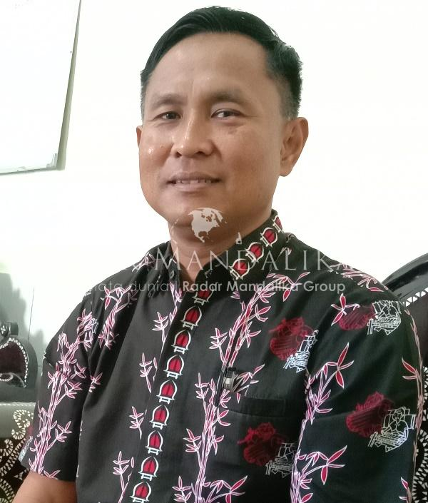 F Kepala Dinas Kominfo