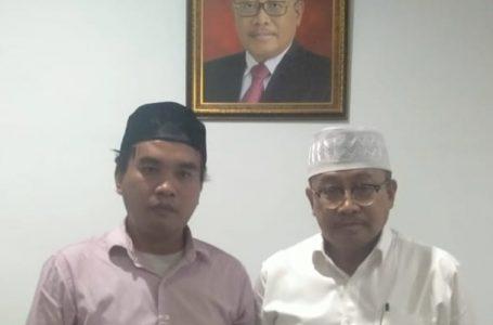 JHONI SUTANGGA/RADAR MANDALIKA KOMPAK: Habibul Umam dan Sekda NTB, Lalu Gita Ariadi foto bersama.