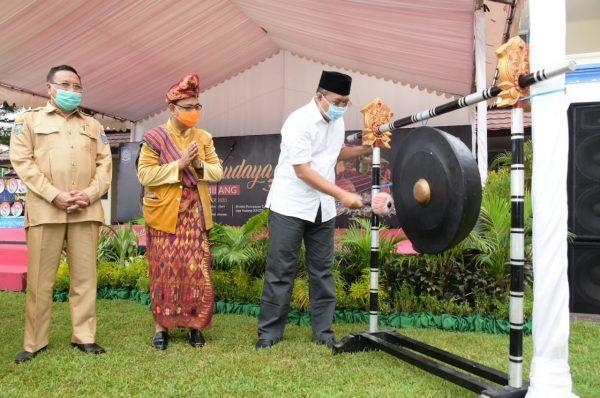 Gubernur Dorong Sekolah Hadirkan Inovasi demi Kemajuan Daerah
