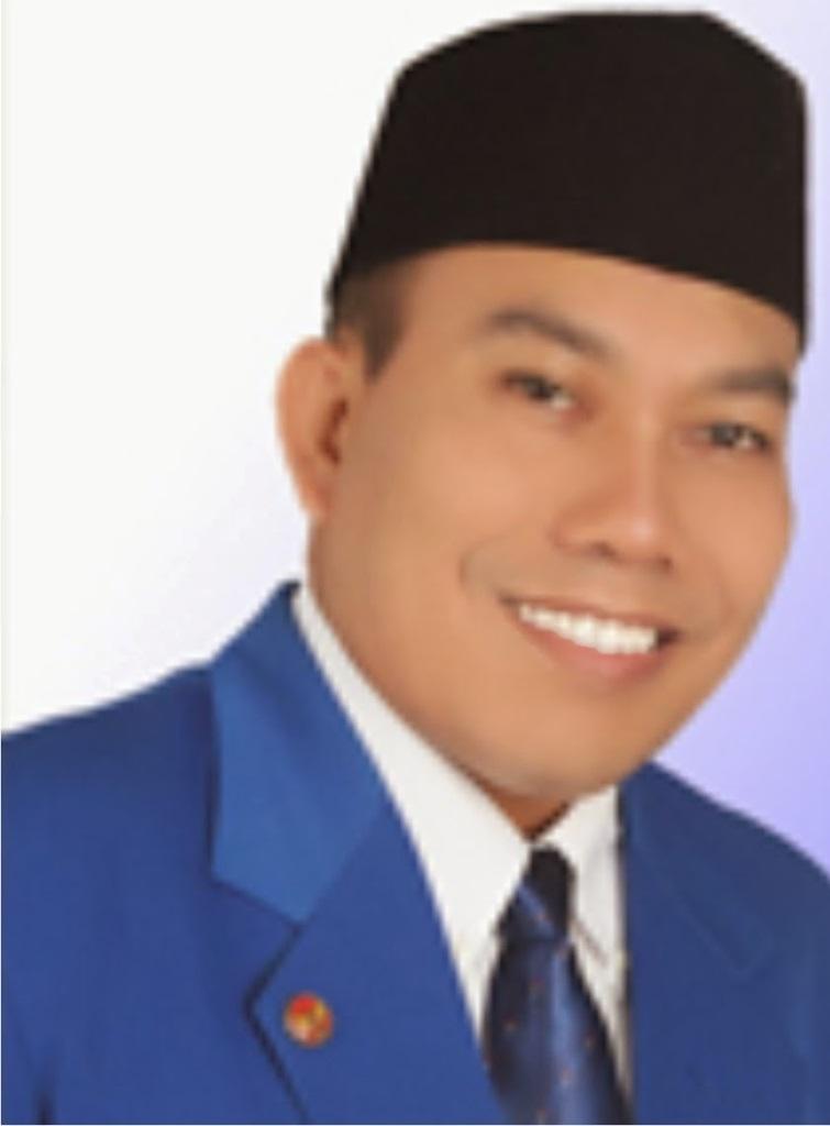F Muazim Akbar