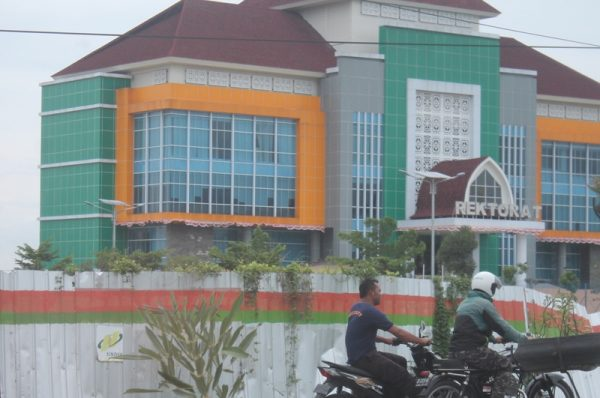 Uang Wisuda, Orangtua Alumni Poltekpar Lombok Keberatan