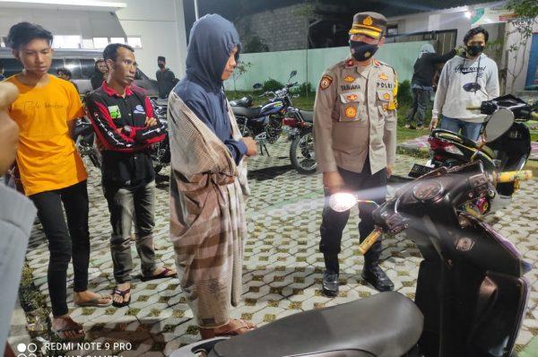 Razia Gabungan di Depan Pasar Jelojok, Amankan Enam Motor