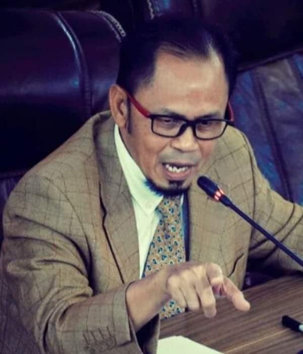 F Ketua DPRD Loteng